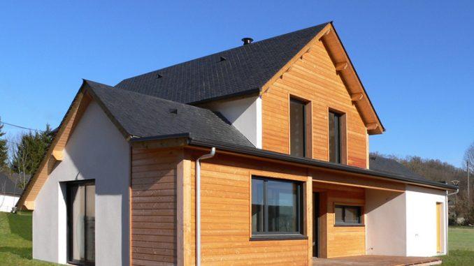 Comment enlever le revêtement en bois d'une maison
